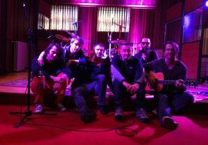 Океан Эльзы записывают свой новый альбом в Брюсселе совместно с продюсером Coldplay