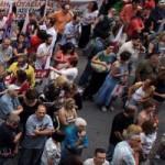 В Греции забастовки из-за закрытия государственной телерадиокомпании