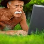 Чтобы прожить до 110 лет, нужно курить до 70-ти и побольше пить, — долгожитель Ральф Таррант