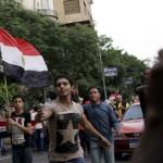От президента Египта одновременно требуют отставки и компромисса с оппозицией