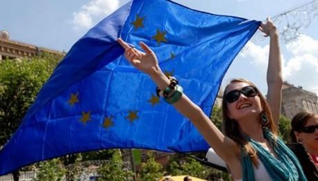 Несмотря на соблазна Москвы, в Украине нет другого пути, чем ЕС