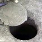 Во Львове продолжают искать 2,5-летнего мальчика провалившегося в канализационный люк
