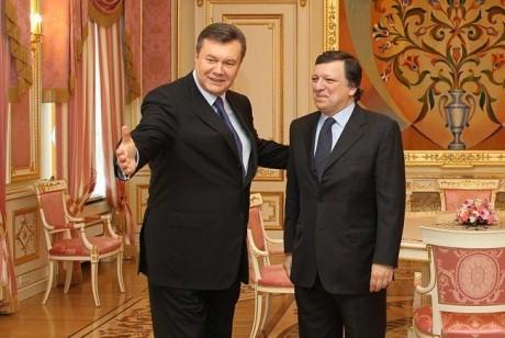Янукович выдвинул условие Брюсселю: € 10 млрд кредита плюс свободный экспорт для металлургов