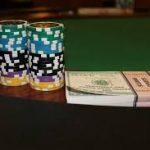 Играть на деньги можно в виртуальном казино